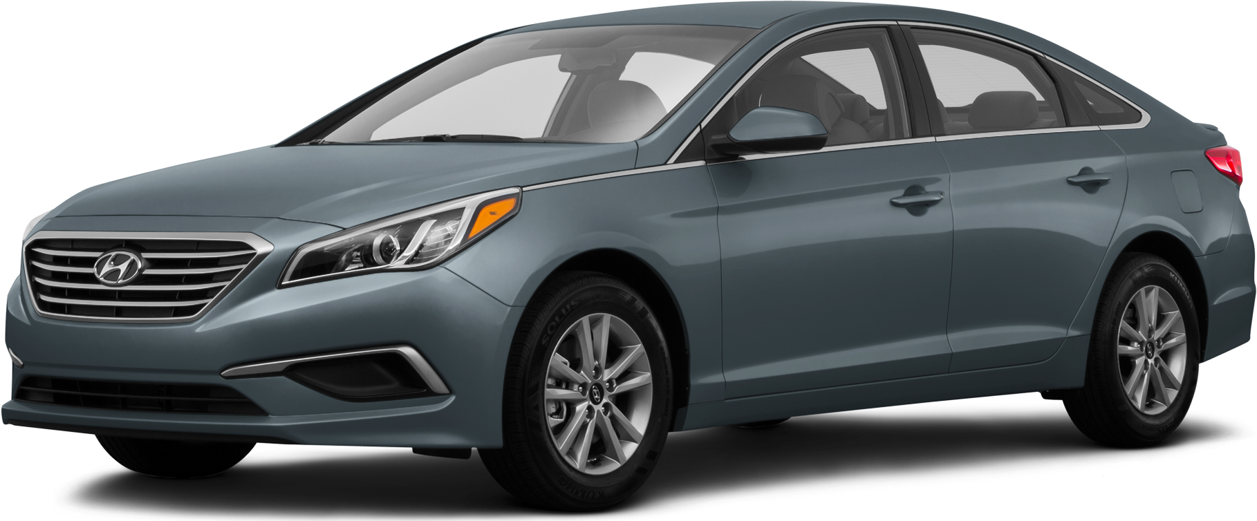2016 Toyota Camry | Pricing, Ratings, Expert Review | Kelley Blue Book
