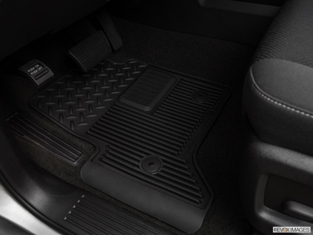 2016 Chevrolet Silverado 3500 HD Crew Cab | Pricing, Ratings, Expert