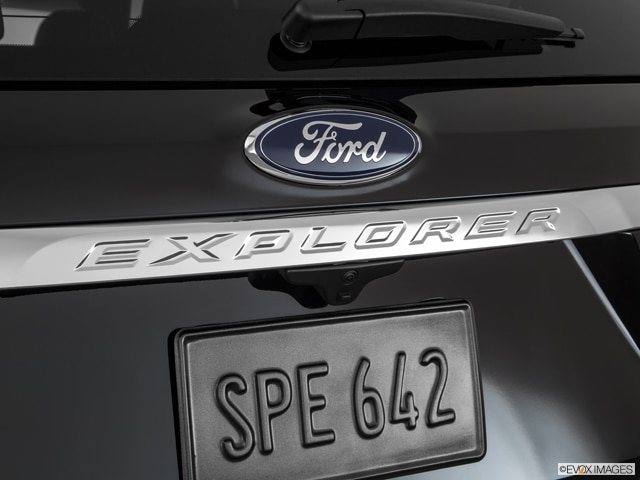 2017 Ford Explorer | Pricing, Ratings, Expert Review