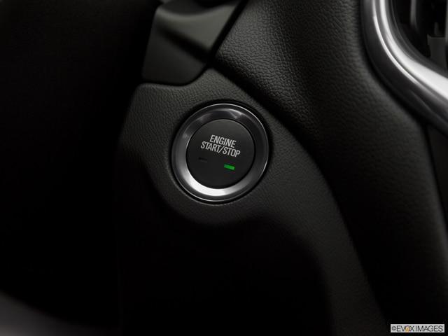 2019 Chevrolet Equinox | Pricing, Ratings, Expert Review | Kelley