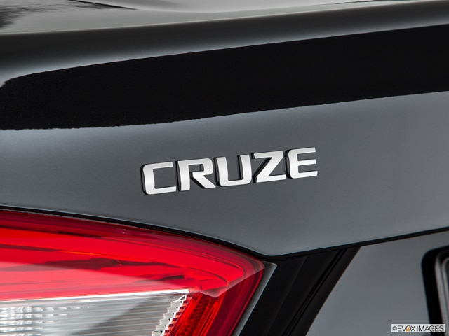 2019 Chevrolet Cruze   Pricing, Ratings, Expert Review   Kelley Blue