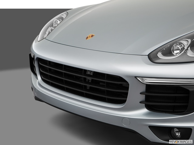 2018 Porsche Cayenne | Pricing, Ratings, Expert Review | Kelley Blue