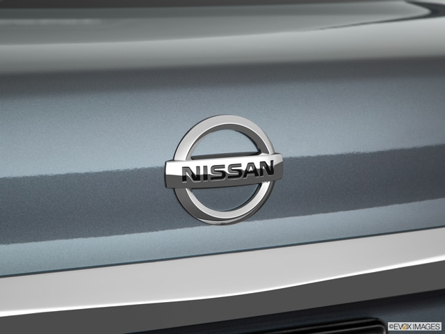 2018 Nissan Sentra | Pricing, Ratings, Expert Review | Kelley Blue Book