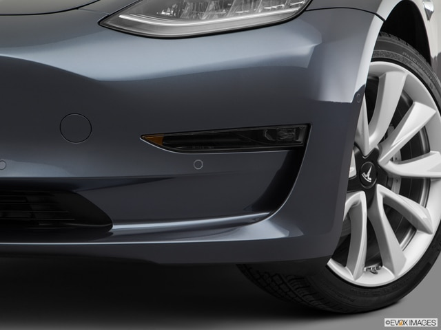 2018 Tesla Model 3 | Pricing, Ratings, Expert Review | Kelley Blue Book