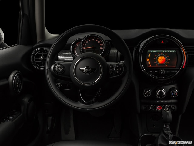 2019 MINI Hardtop 4 Door | Pricing, Ratings, Expert Review