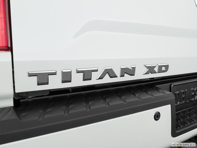 2019 Nissan TITAN XD Crew Cab | Pricing, Ratings, Expert