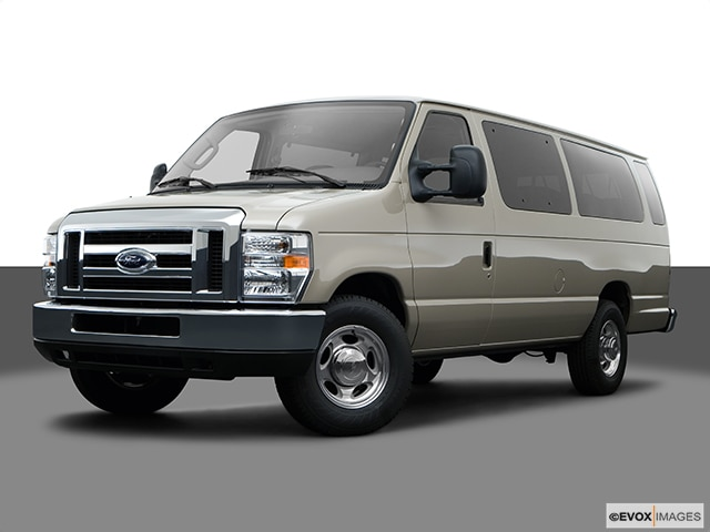 2008 Ford E350 Super Duty Passenger