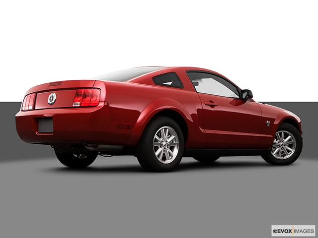 2009 Ford Mustang | Pricing, Ratings, Expert Review | Kelley