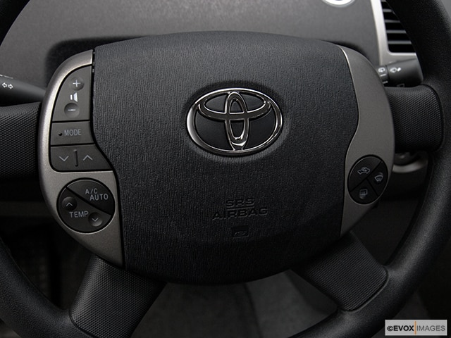 2009 Toyota Prius   Pricing, Ratings, Expert Review   Kelley Blue Book