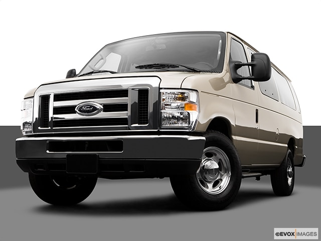 2009 Ford E350 Super Duty Passenger | Pricing, Ratings