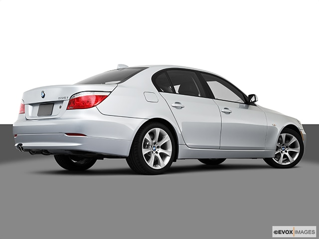 2010 BMW 5 Series | Pricing, Ratings, Expert Review | Kelley Blue Book