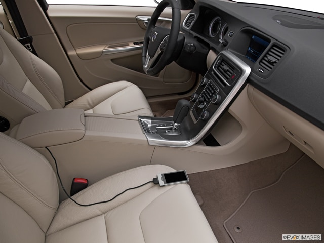 2011 Volvo S60 | Pricing, Ratings, Expert Review | Kelley