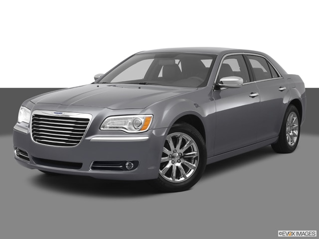 2012 Chrysler 300 | Pricing, Ratings, Expert Review | Kelley