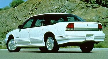 1994 Oldsmobile Cutlass Supreme   Pricing, Ratings, Expert