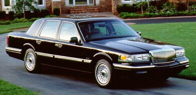 Used 1996 Lincoln Town Car Values Cars For Sale Kelley Blue Book