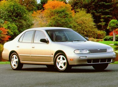 1997 Nissan Altima | Pricing, Ratings, Expert Review
