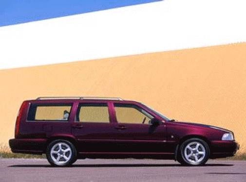 1999 Volvo V70 | Pricing, Ratings, Expert Review | Kelley