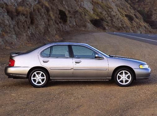 2001 Nissan Altima Gxe >> 2001 Nissan Altima Pricing Reviews Ratings Kelley Blue Book