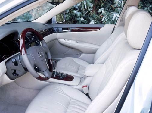 2002 Lexus ES | Pricing, Ratings, Expert Review | Kelley
