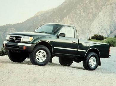 2002 Toyota Tacoma Regular Cab | Pricing, Ratings, Expert