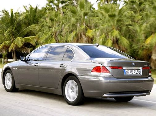 2003 BMW 7 Series | Pricing, Ratings, Expert Review | Kelley Blue Book