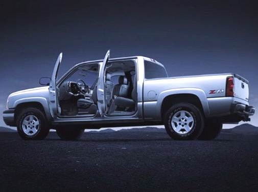 2004 Chevrolet Silverado 3500 Crew Cab | Pricing, Ratings, Expert