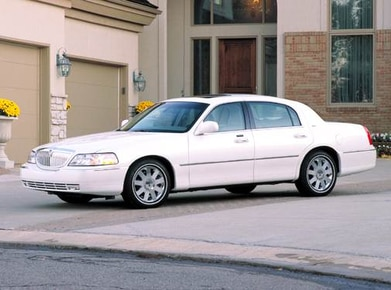 2004 Lincoln Town Car Prices Reviews