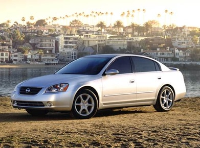 2003 Nissan Altima Pricing Ratings Expert Review Kelley Blue