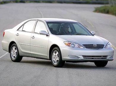 2004 Toyota Camry | Pricing, Ratings, Expert Review | Kelley