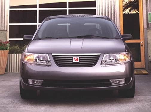 2005 Saturn Ion | Pricing, Ratings, Expert Review | Kelley Blue Book