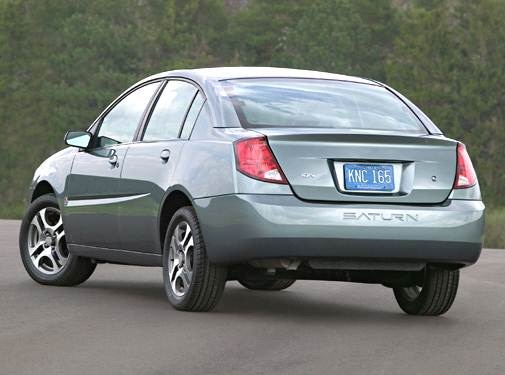 2005 Saturn Ion | Pricing, Ratings, Expert Review | Kelley