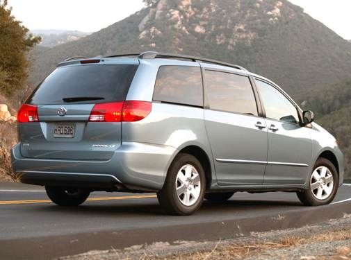 2005 Toyota Sienna | Pricing, Ratings, Expert Review | Kelley Blue Book