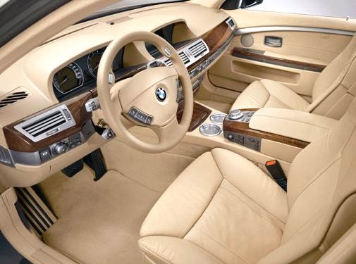 2006 BMW 7 Series | Pricing, Ratings, Expert Review | Kelley Blue Book