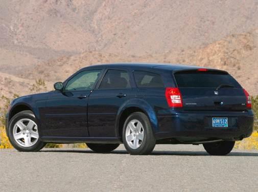 2006 Dodge Magnum | Pricing, Ratings, Expert Review | Kelley
