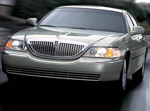 2007 Lincoln Town Car | Pricing, Ratings, Expert Review