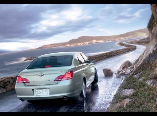 used 2007 toyota avalon xls sedan 4d prices kelley blue book used 2007 toyota avalon xls sedan 4d