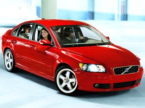 2007 Volvo S40 | Pricing, Ratings, Expert Review | Kelley Blue Book