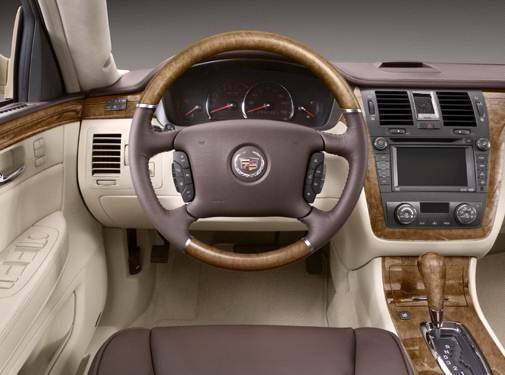 2008 Cadillac DTS | Pricing, Ratings, Expert Review | Kelley