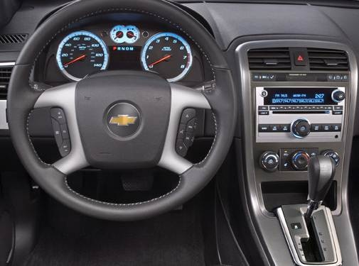2009 Chevrolet Equinox | Pricing, Ratings, Expert Review