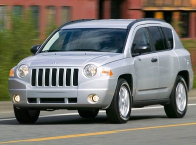 2009 Jeep Compass | Pricing, Ratings, Expert Review | Kelley Blue Book