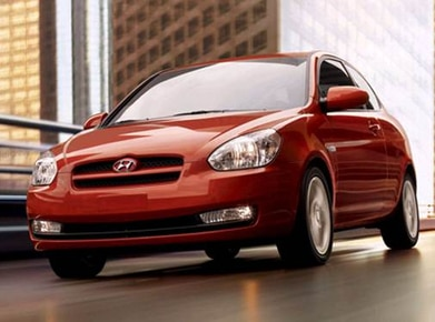 Hyundai Accent 13 Mpg >> 2010 Hyundai Accent Pricing Reviews Ratings Kelley Blue