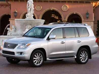 2010 Lexus LX | Pricing, Ratings, Expert Review | Kelley