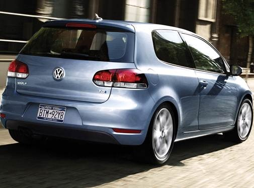 2010 Volkswagen Golf | Pricing, Ratings, Expert Review | Kelley Blue