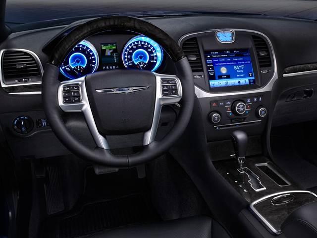 2012 Chrysler 300 | Pricing, Ratings, Expert Review | Kelley