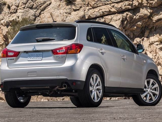 2013 Mitsubishi Outlander Sport | Pricing, Ratings, Expert
