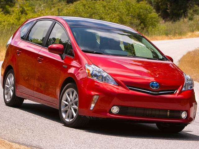 2013 Toyota Prius v | Pricing, Ratings, Expert Review