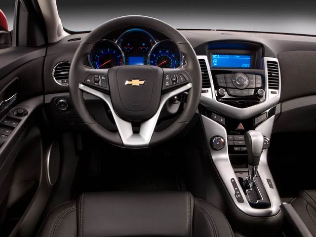 2014 Chevrolet Cruze | Pricing, Ratings, Expert Review | Kelley Blue