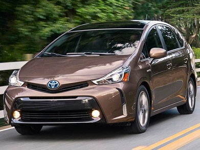 2015 Toyota Prius v | Pricing, Ratings, Expert Review