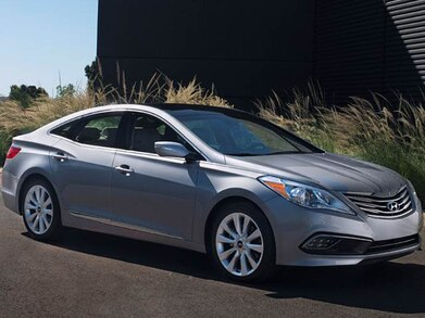 2016 Hyundai Azera | Pricing, Ratings, Expert Review