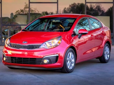 2016 Kia Rio | Pricing, Ratings, Expert Review | Kelley Blue Book